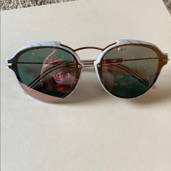 6e829718099e Dior Accessories - AUTH New Christian Dior sunglasses Eclat s